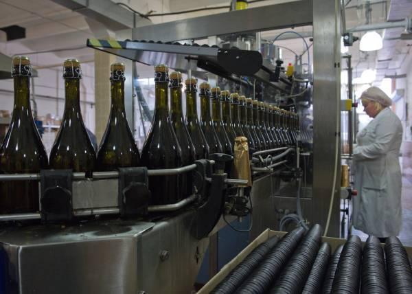 """Завод шампанских вин """"золотая балка"""". """"золотая балка"""": виды игристых вин, отзывы, цены"""