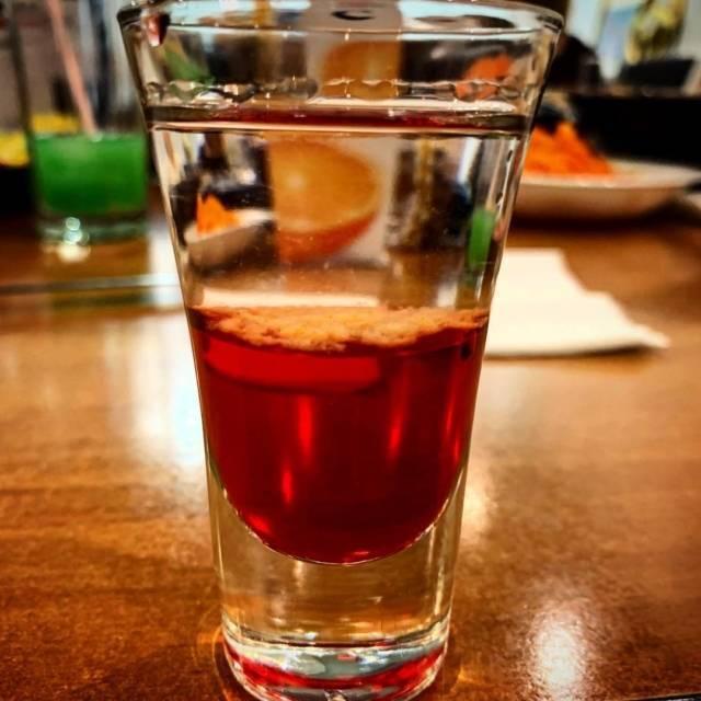 Сангрита: описание и состав, рецепты, как приготовить в домашних условиях, в том числе классический, с томатным соком и другие, а также как пить коктейль с текилой?