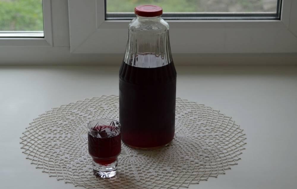 Настойка из черемухи на водке в домашних условиях