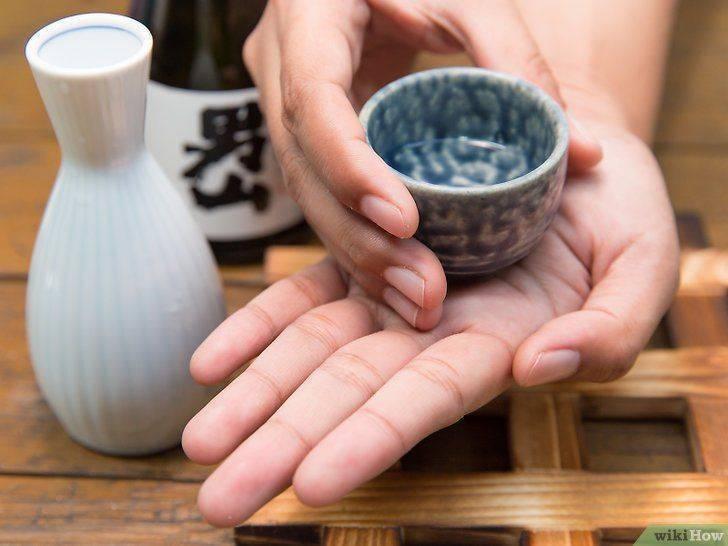 Не упасть в саке лицом: как правильно пить в японии