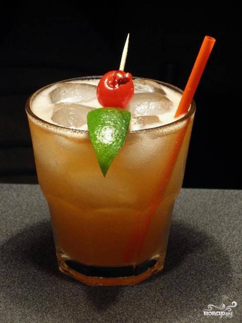 Тропический коктейль «май тай» (mai thai) — один из 20 самых популярных в мире