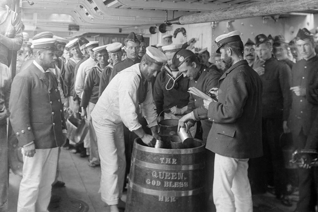 «пиратский» напиток ром: история, генеалогия его имитаций плюс рецепты длядомашних условий