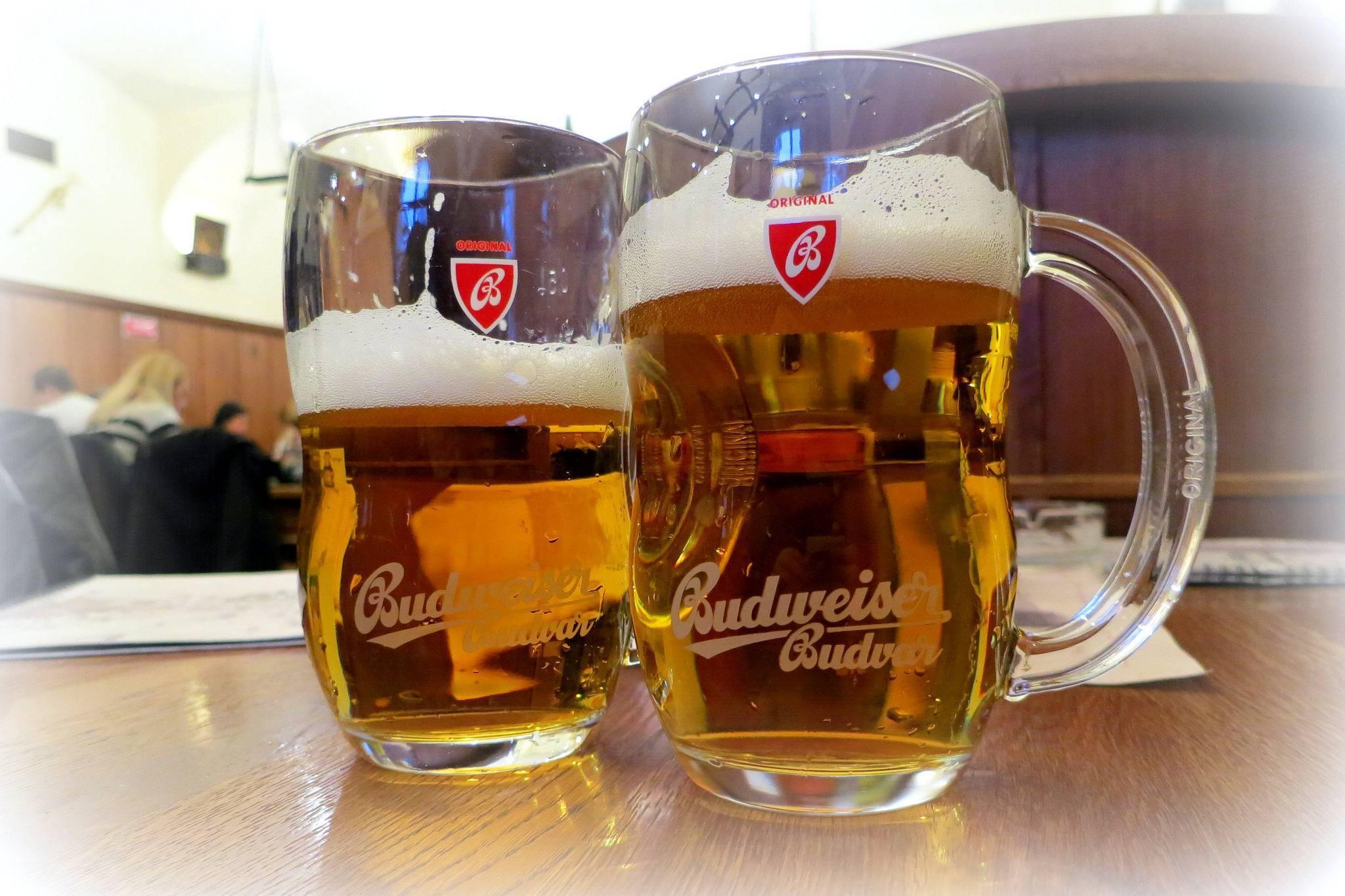 Почему чешское пиво можно производить только в оригинальных чешских пивоварнях?   cbs