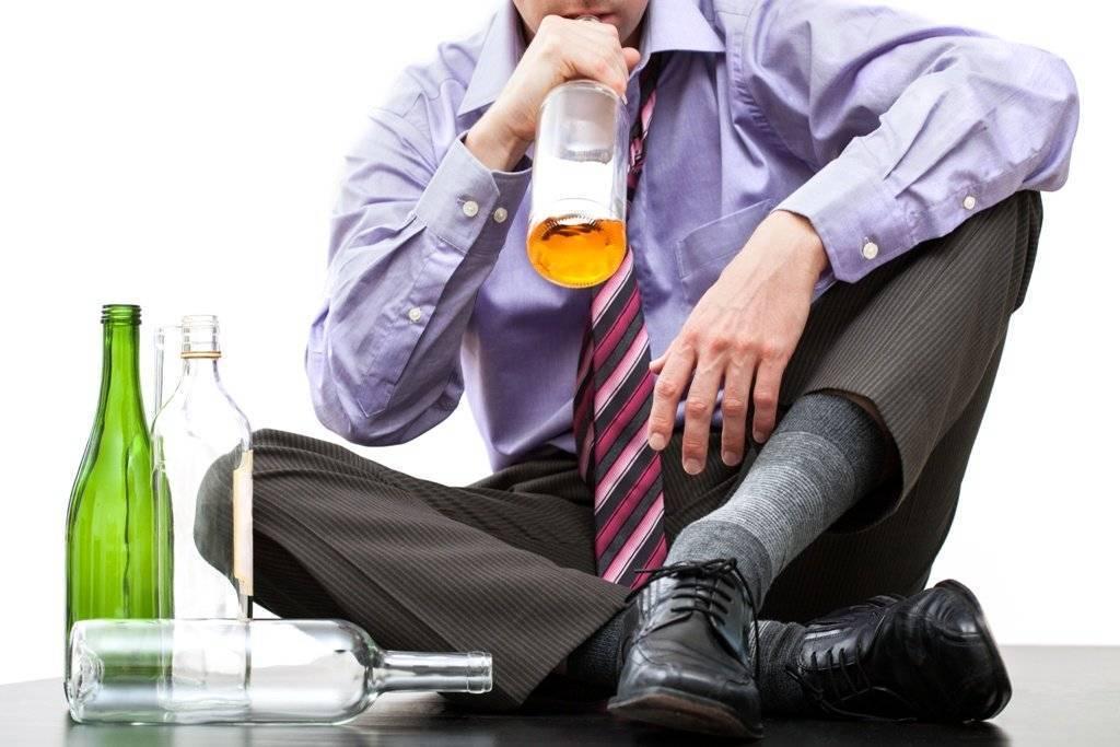 Почему люди пьют алкоголь психология