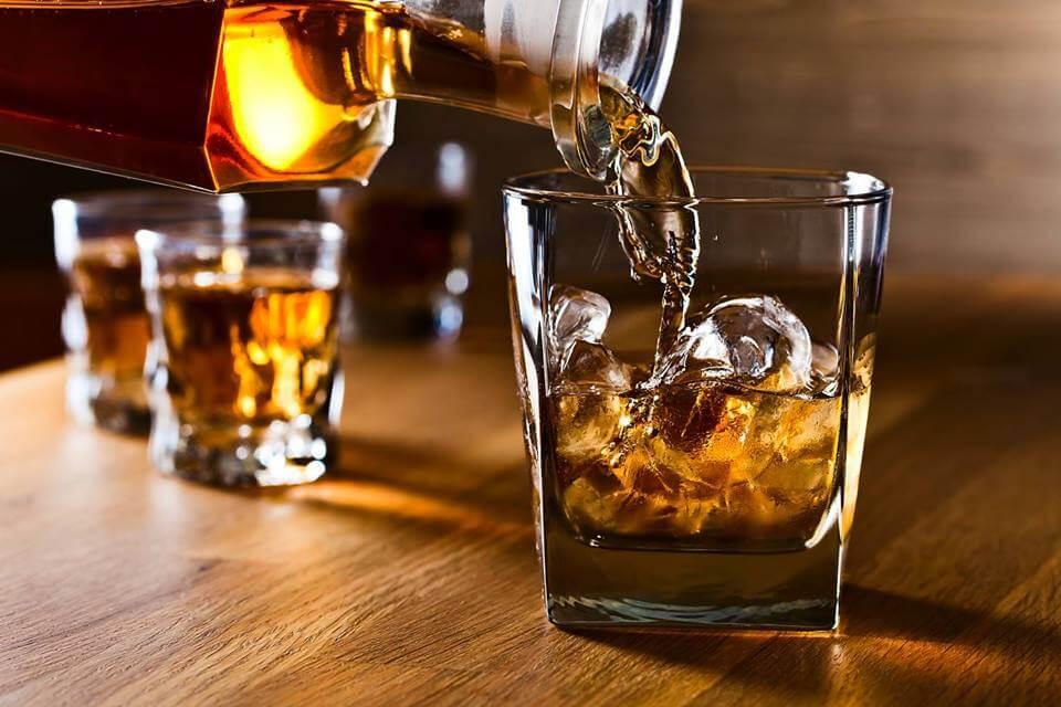 Виски или водка – разница, преимущества и недостатки