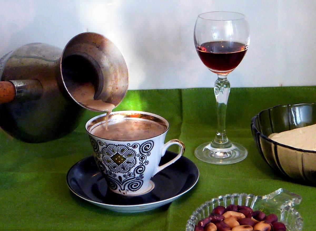 Кофе с коньяком – польза и вред☕ по данным [2018], а также рецепты интересных сочетаний | suhoy.guru