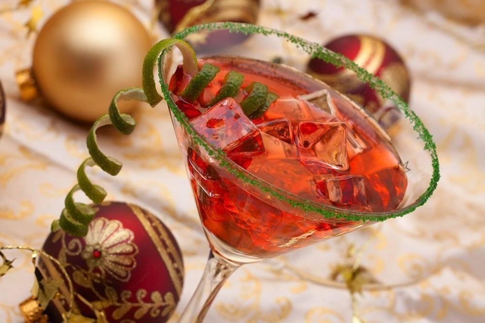 Новогодние коктейли 2020: топ-20 рецептов алкогольных и безалкогольных напитков