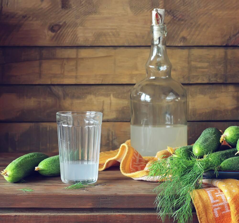 Причины помутнения самогона при разбовлении водой