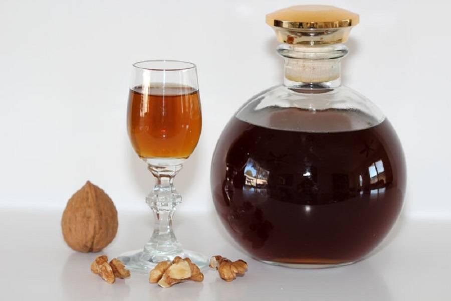 Настойка из перегородок грецких орехов — на водке и самогоне