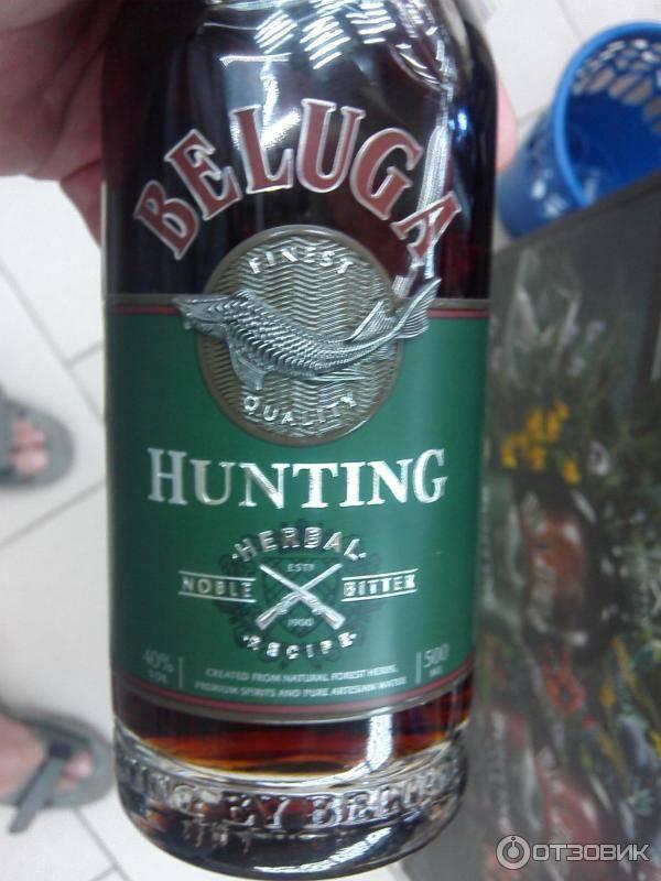 Ликер «beluga hunting» berry bitter, 0.5 л — «белуга хантинг» ягодный биттер, 500 мл