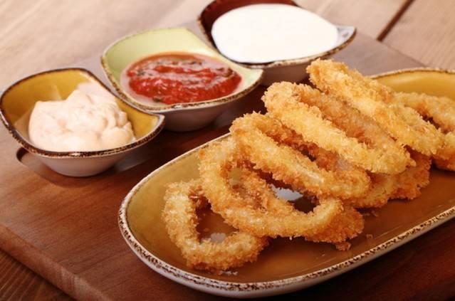 Луковые кольца в кляре — пошаговые рецепты с фото. как приготовить луковые кольца в домашних условиях