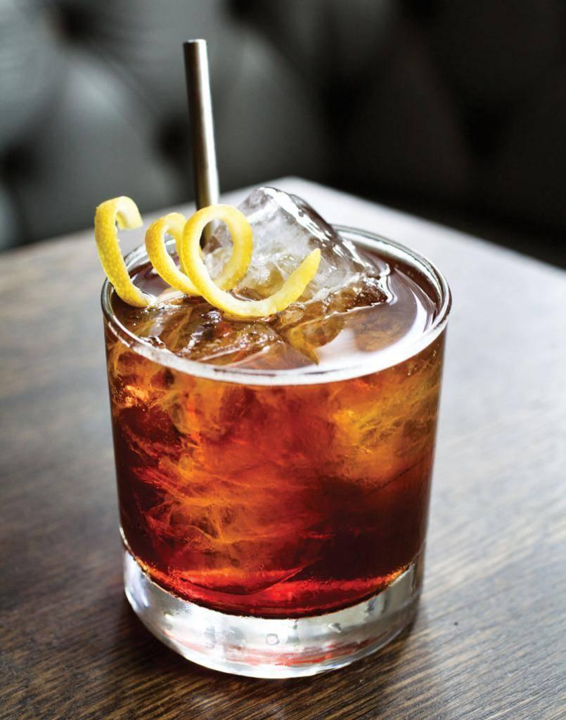 Виски с колой: идеальные пропорции и история коктейля