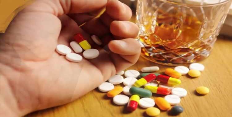 Можно ли пить алкоголь когда принимаешь антибиотики: последствия