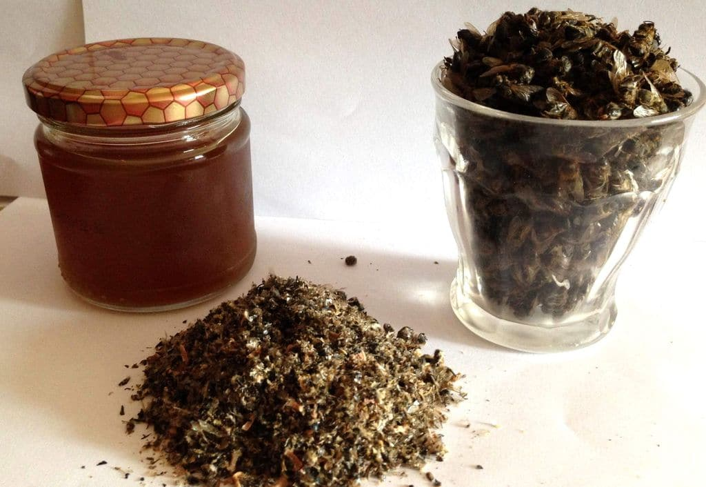 Пчелиный подмор настойка на водке: рецепт, применение