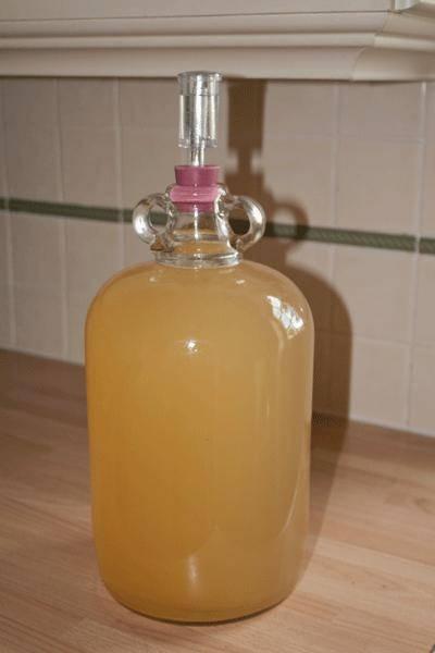 Вино из яблочного сока - домашний пошаговый рецепт