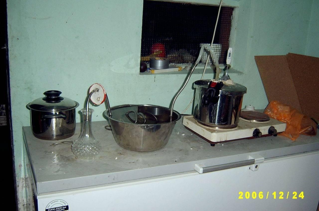 Как сделать самогон в домашних условиях: приготовление напитка, отзывы об изготовлении