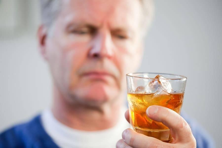 Простатит и алкоголь: можно ли алкоголь при простатите?