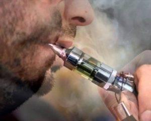 Может ли болеть голова от курения сигарет?