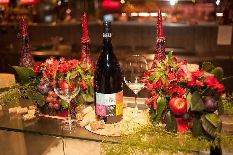 «растиражированное вино и ощущение праздника»: как производят божоле нуво и с чем его пить. рассказывают сомелье. «бумага»