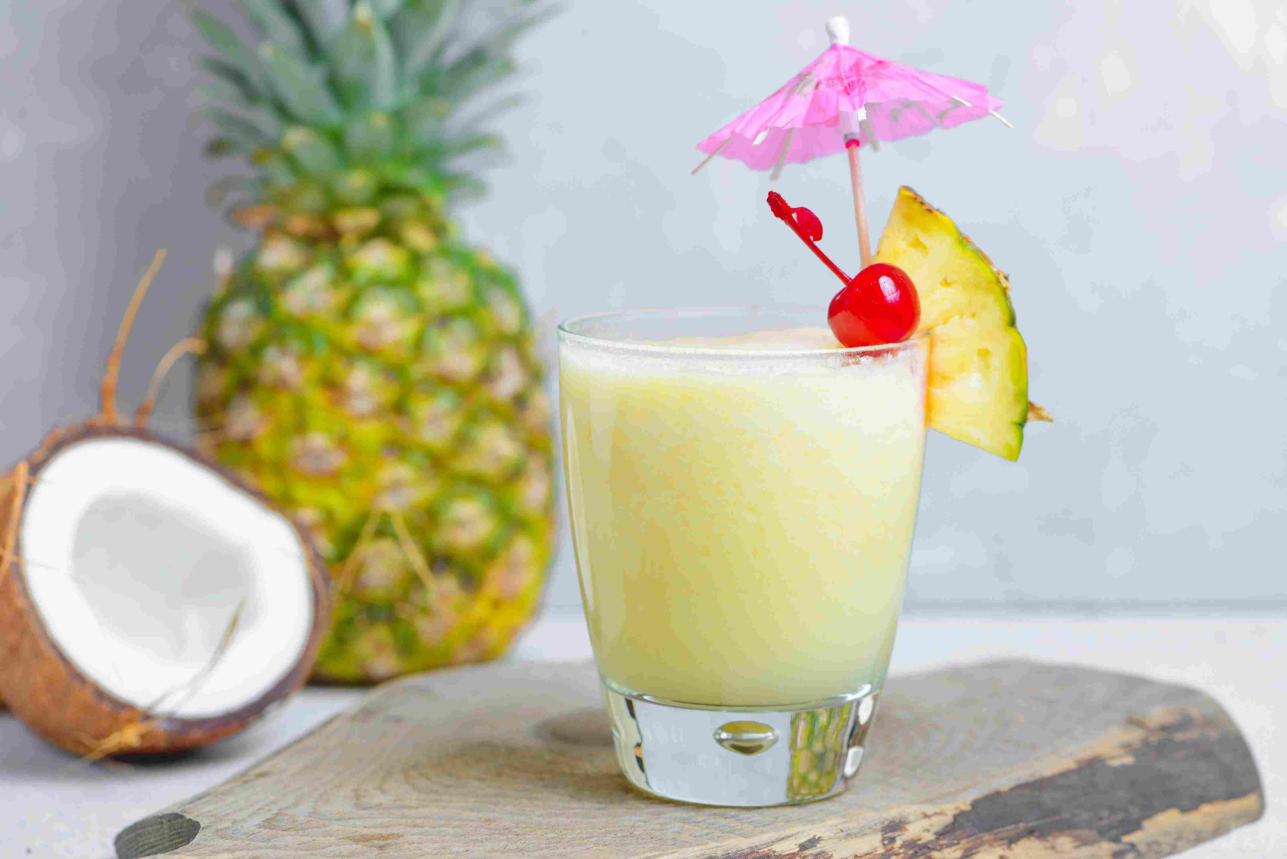Пина колада — секреты презентации коктейля. лучшие рецепты для приготовления в домашних условиях с фото!