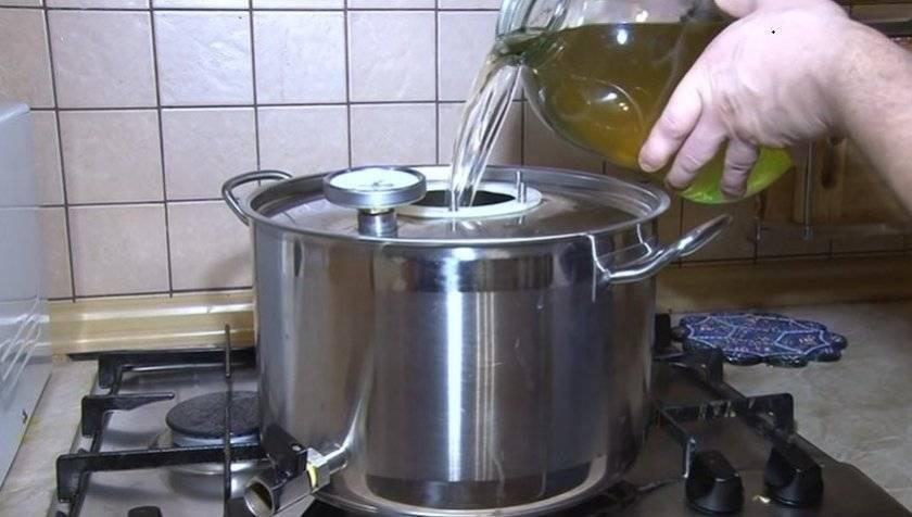 Самогон из меда - пошаговые рецепты приготовления в домашних условиях с фото