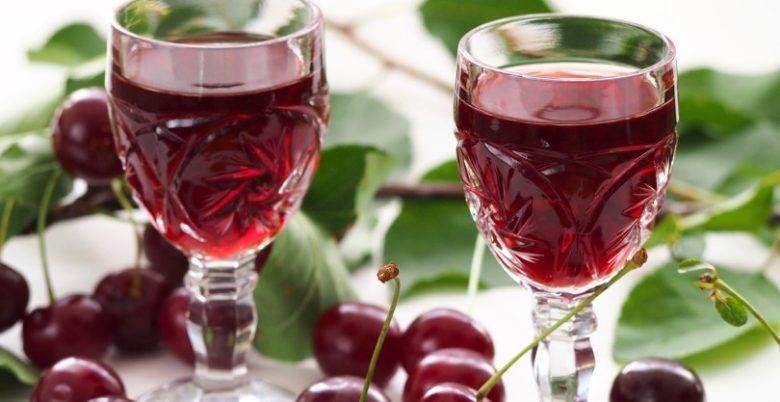 Домашнее вино из старого и забродившего варенья