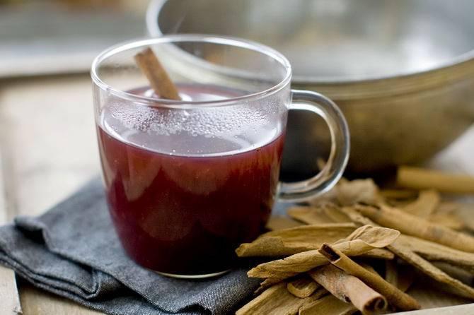 Вино из шиповника: простой рецепт приготовленияв домашних условиях алкогольного напитка из свежих или сухих плодов из расчета на 20 литров | mosspravki.ru