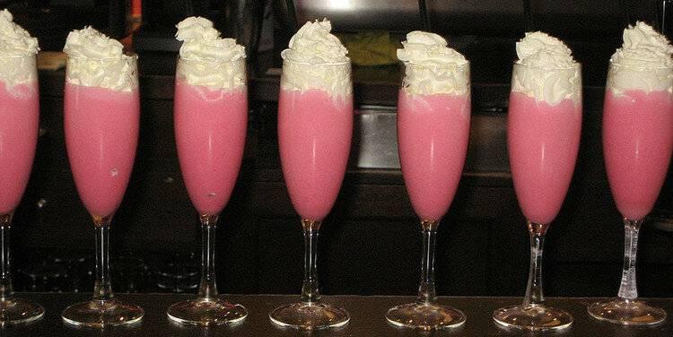 """Освежающе-тонизирующий напиток """"розовая пантера"""""""