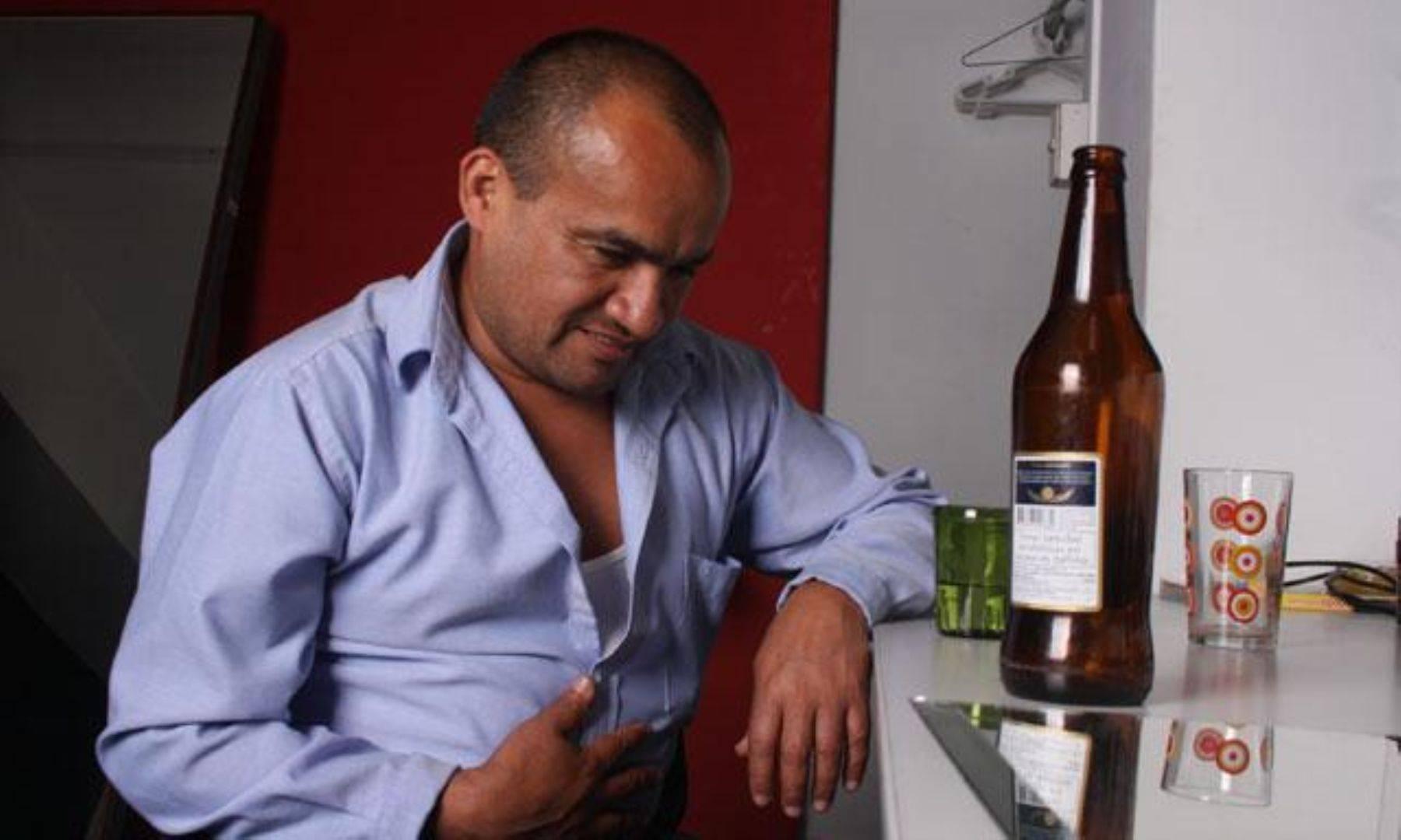 Какой алкоголь можно пить при гастрите, водка, пиво, вино, коньяк