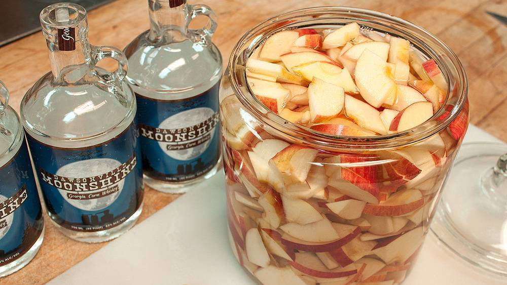 Как сделать брагу из яблок для самогона в домашних условиях: рецепты