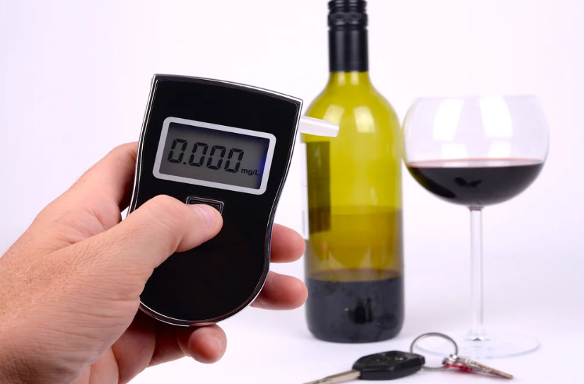 Можно ли пить квас за рулем автомобиля в 2020 году