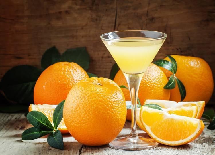 Ароматный апельсиновый ликёр в домашних условиях