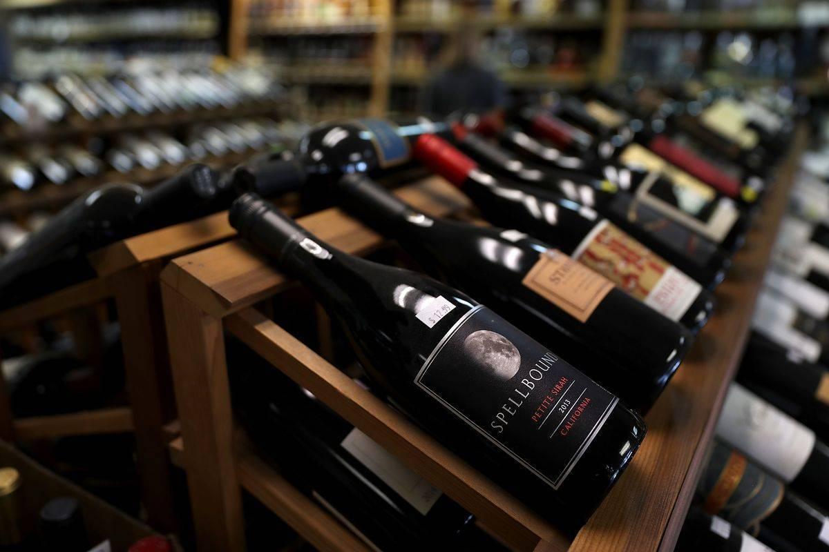 Как выбрать хорошее вино к празднику. советы эксперта