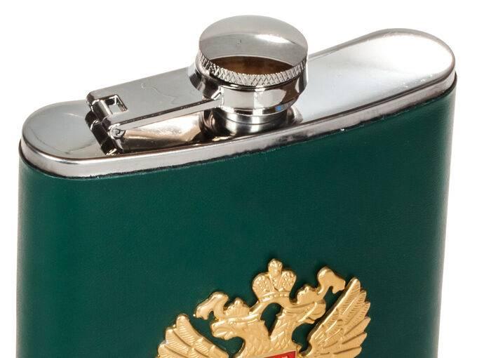 Тара для алкоголя - как правильно хранить самогон(спирт, водку)
