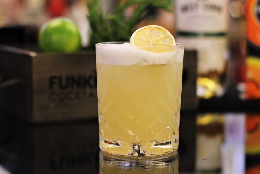 Рецепт коктейля виски сауэр