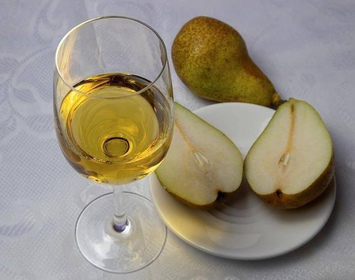 Вино из груши в домашних условиях: простой рецепт