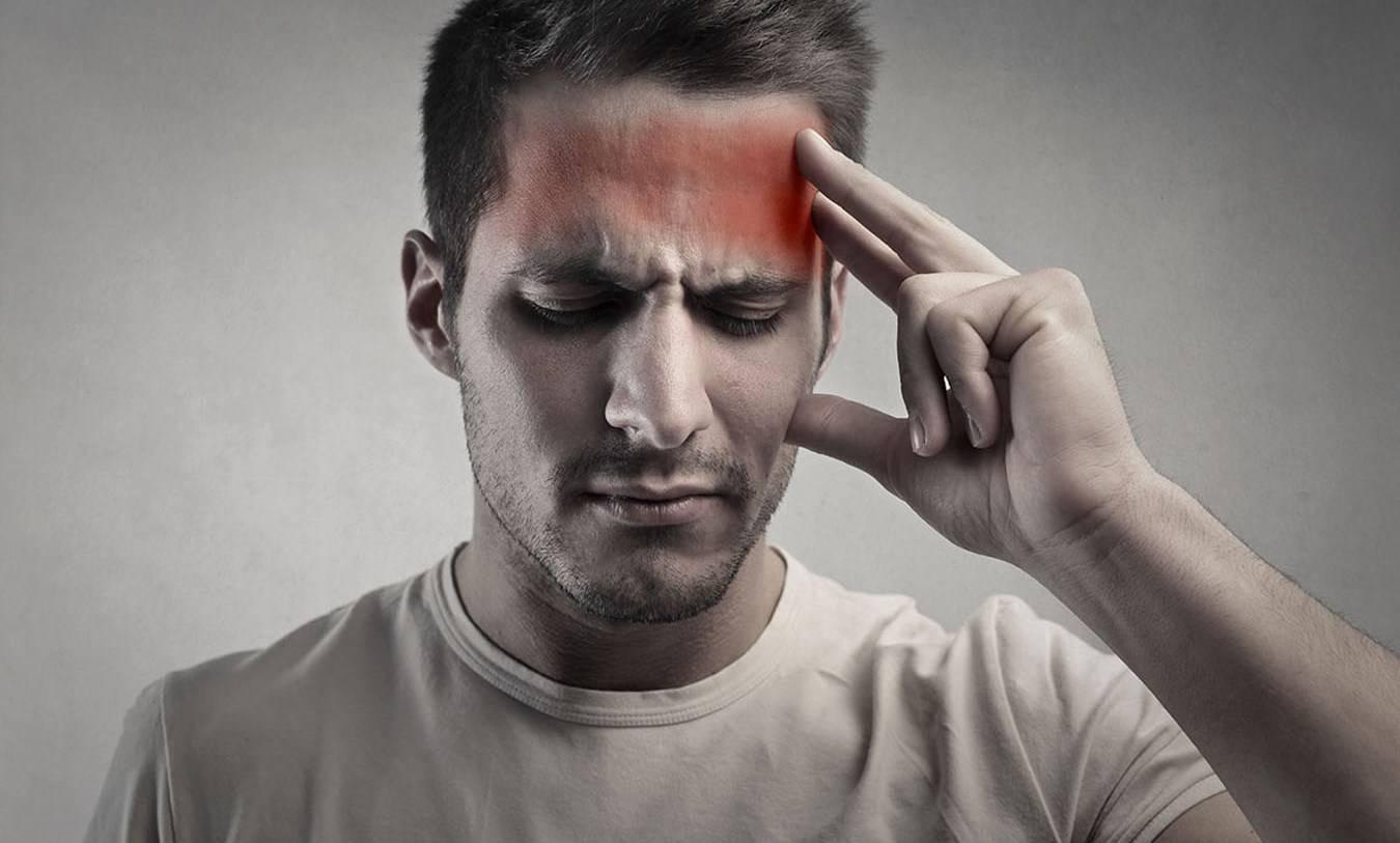 С чем связаны головные боли после курения и как можно с этим бороться?