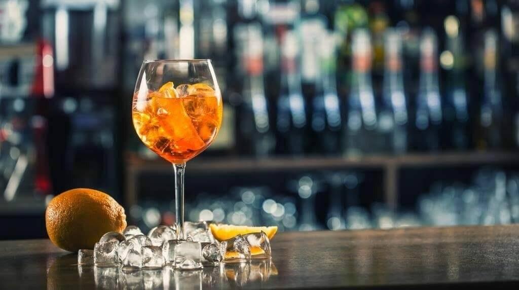 Особенности слабоалкогольного напитка апероль, коктейль шприц
