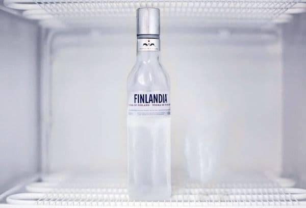 При какой температуре замерзает водка?