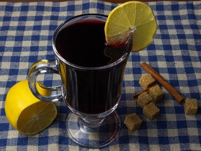 Глинтвейн при простуде и кашле, как правильно приготовить + безалкогольный рецепт | наш дом в новороссийске | яндекс дзен