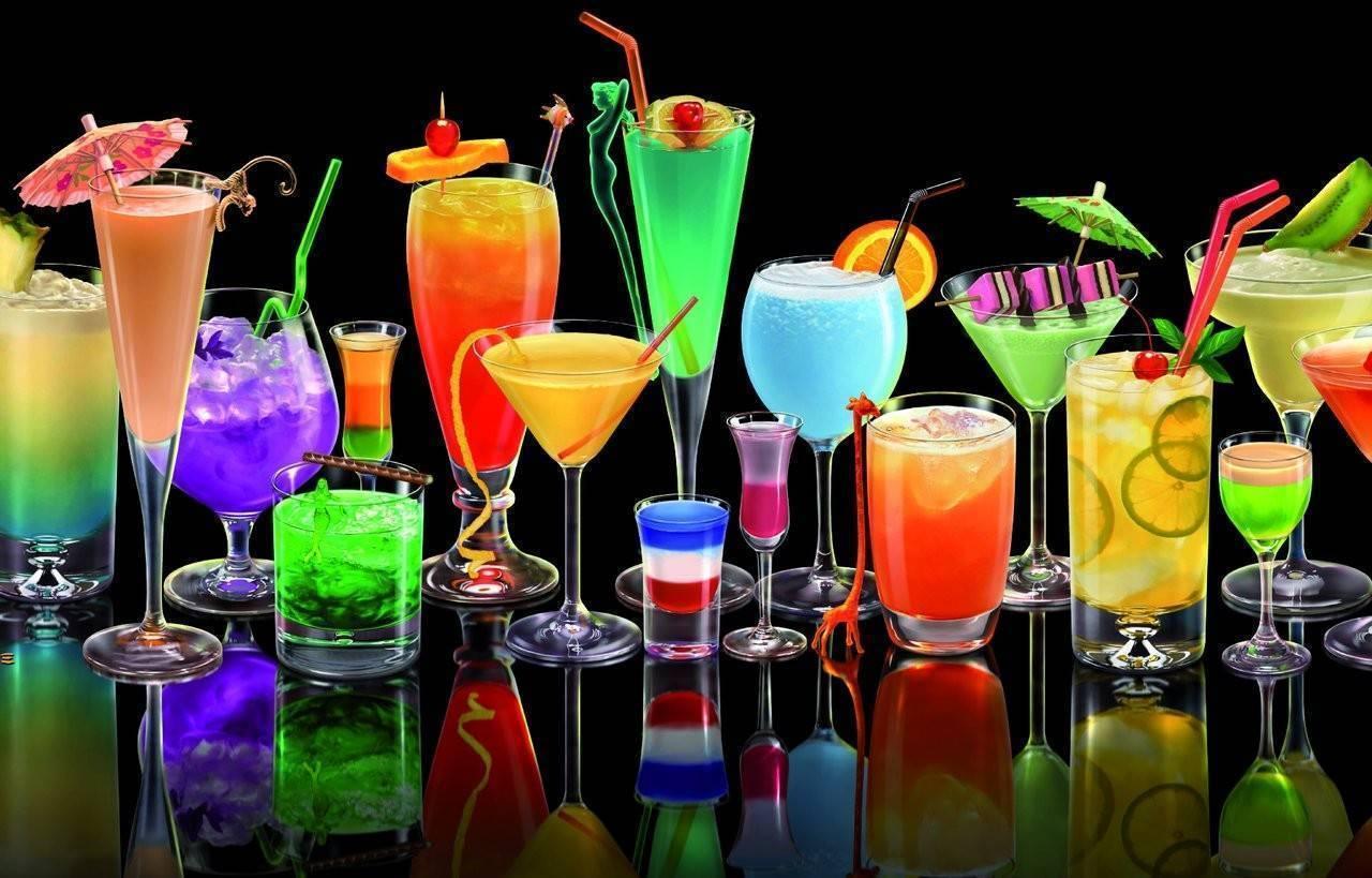 Лучшие рецепты коктейлей на Новый Год от профессионального бармена
