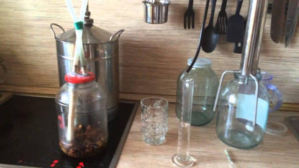 Способы облагораживания и ароматизации самогона