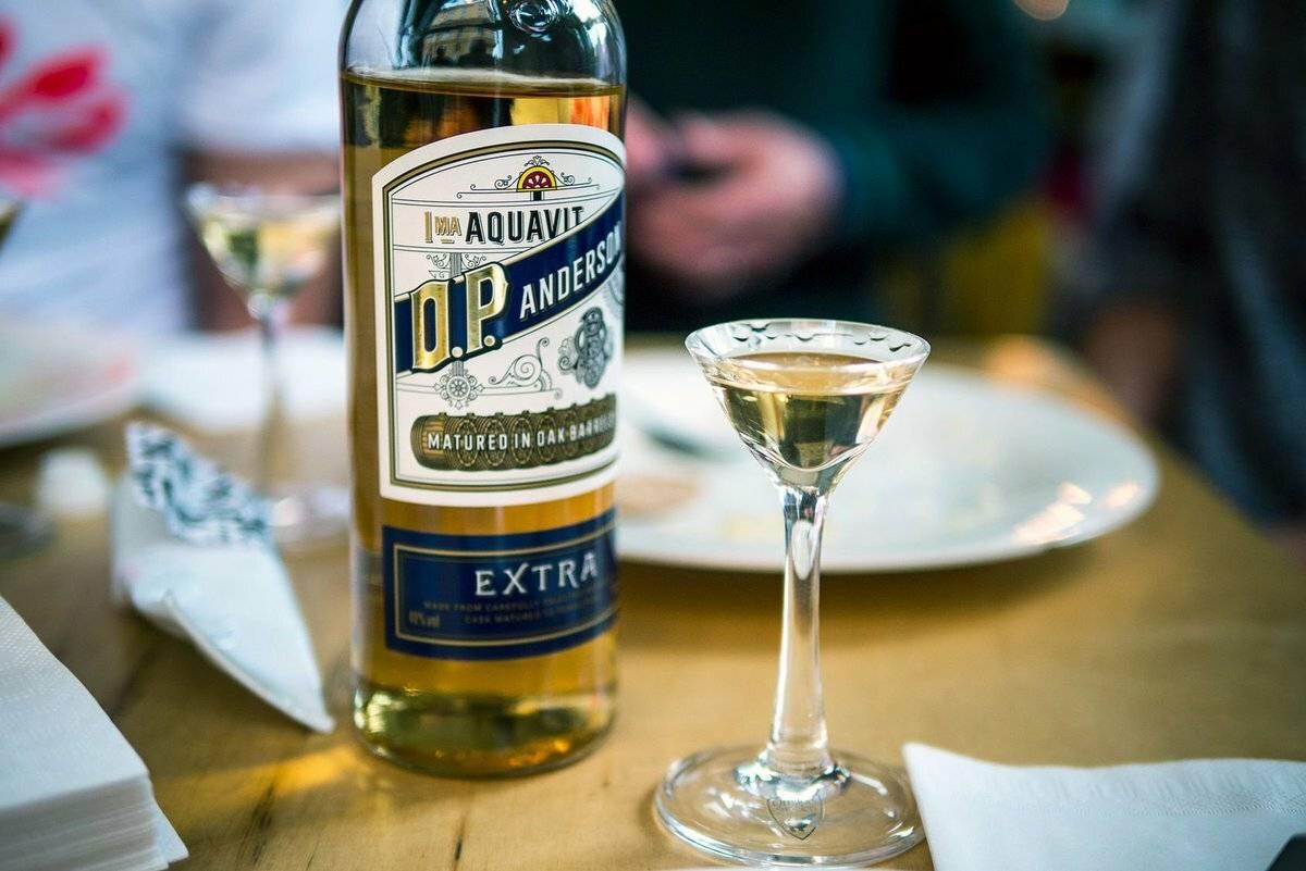 Аквавит водка, алкоголь, напиток норвегия скандинавия швеция рецепт