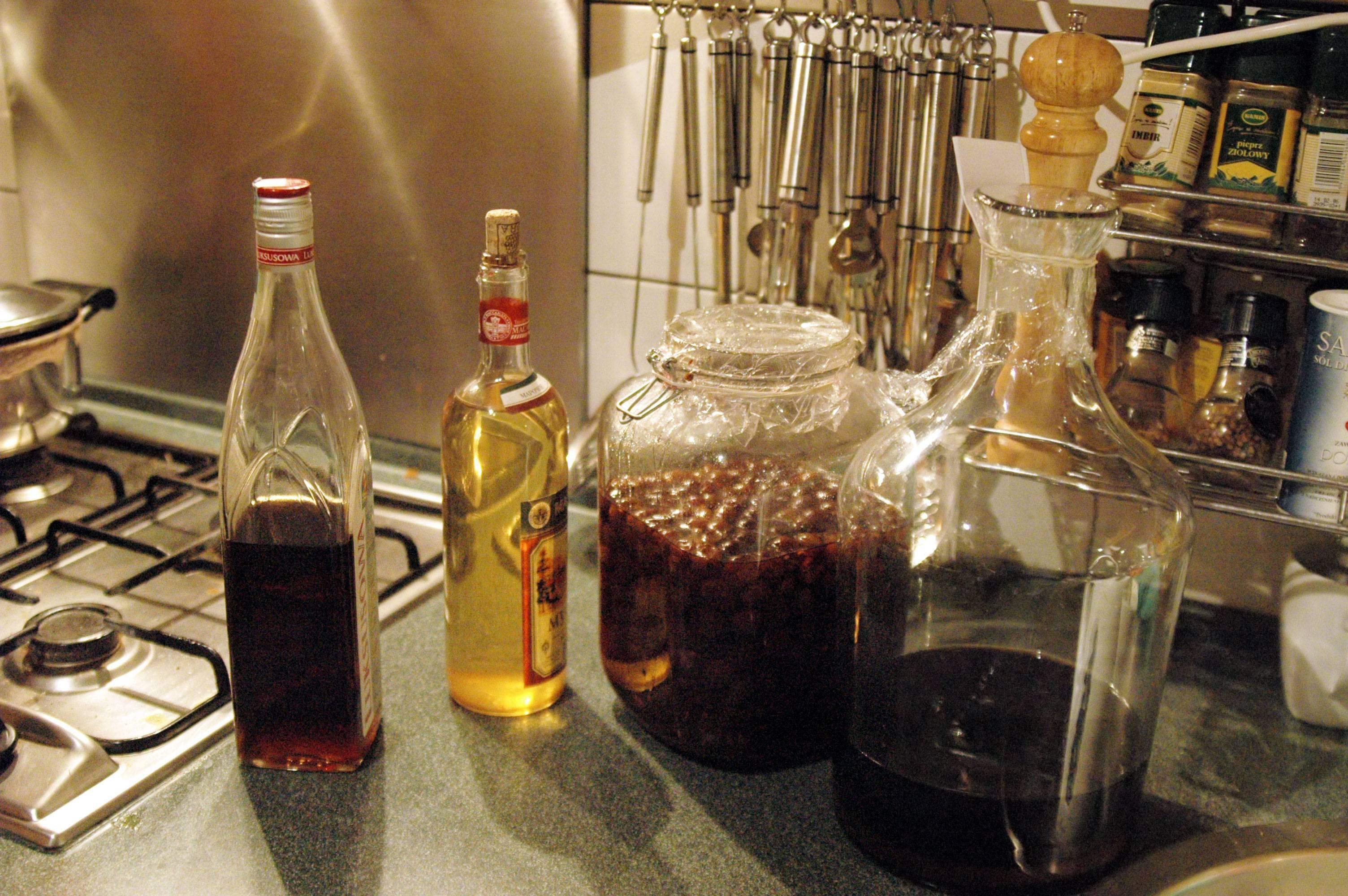Назад, в девяностые! два рецепта ликера «амаретто» в домашних условиях
