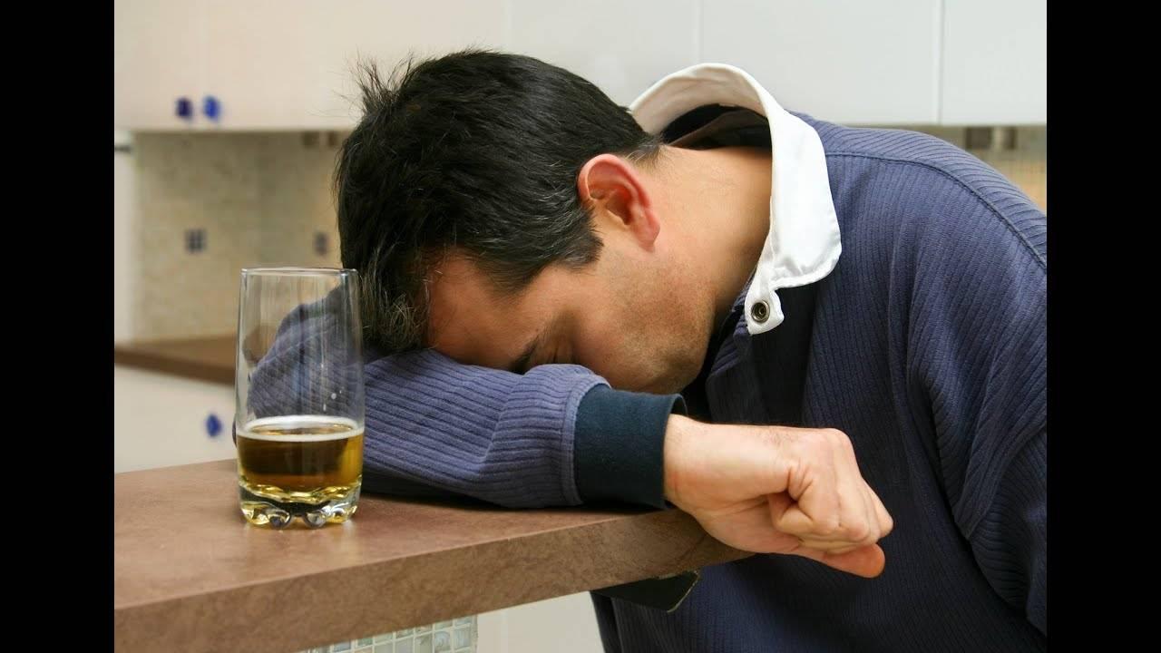 Лечение алкоголизма с помощью чемеричной воды