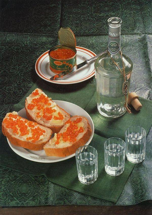 Какая лучше закуска к водке и почему нельзя запивать