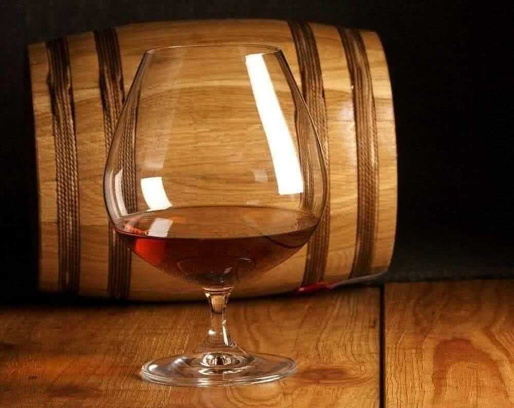 Коньяк из вина в домашних условиях – ароматный и приятный напиток ⛳️ алко профи
