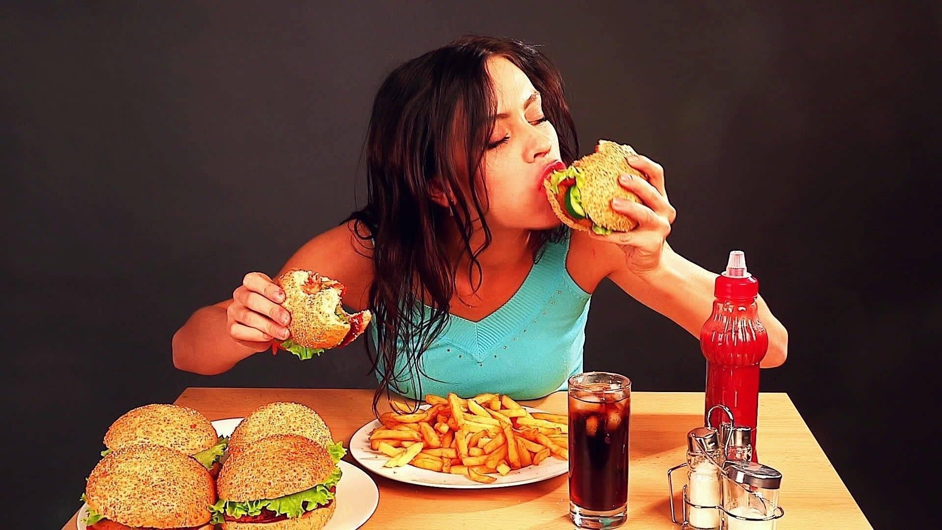 Почему с похмелья хочется есть всякую гадость | tsitologiya.su