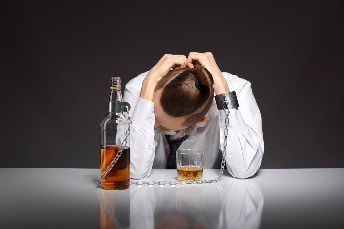 Психология алкоголя: как алкоголь действует на ваше биополе :: инфониак