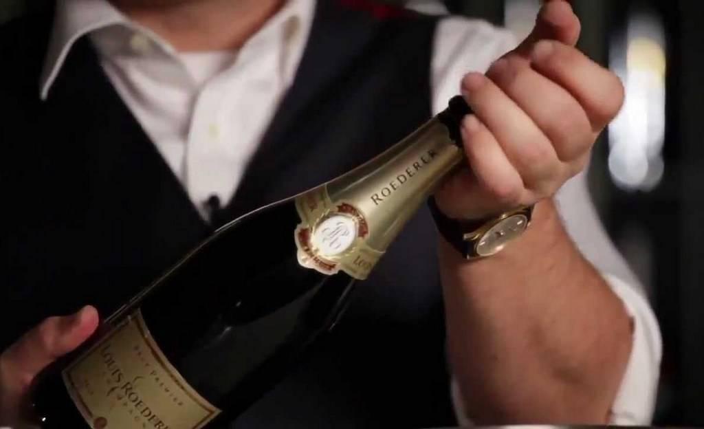 Как открывать детское шампанское. как открыть шампанское голыми руками и не только. купить штопор для игристых вин